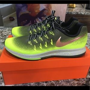 NIKE - AIR ZOOM PEGASUS 33 SHIELD SZ 15